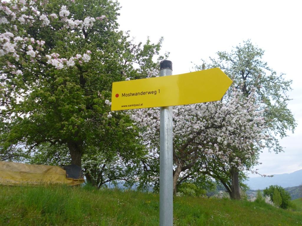 ciderwalk_sign