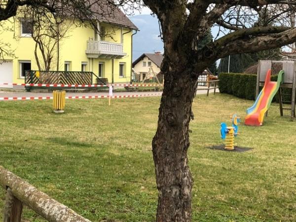 Closed playground coronavirus