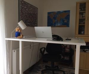 Proper standing desk at home